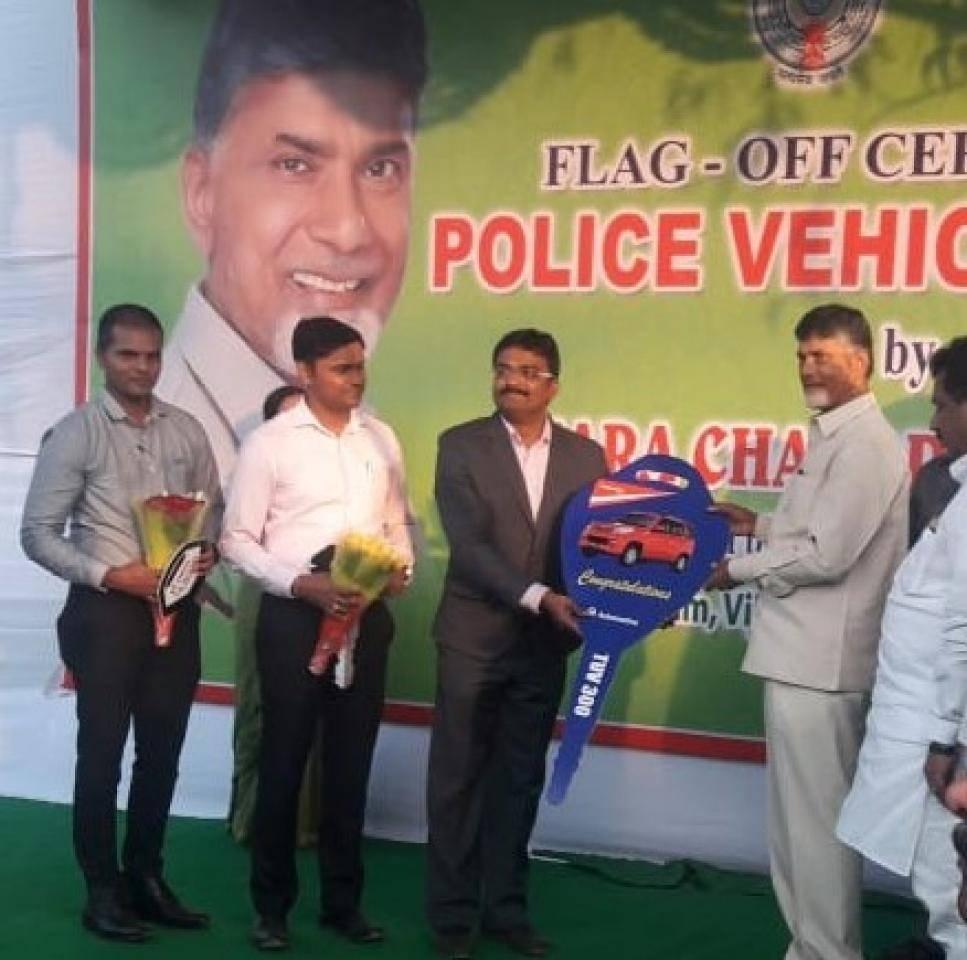 Mahindra TUV300 handover to AP Police Fleet
