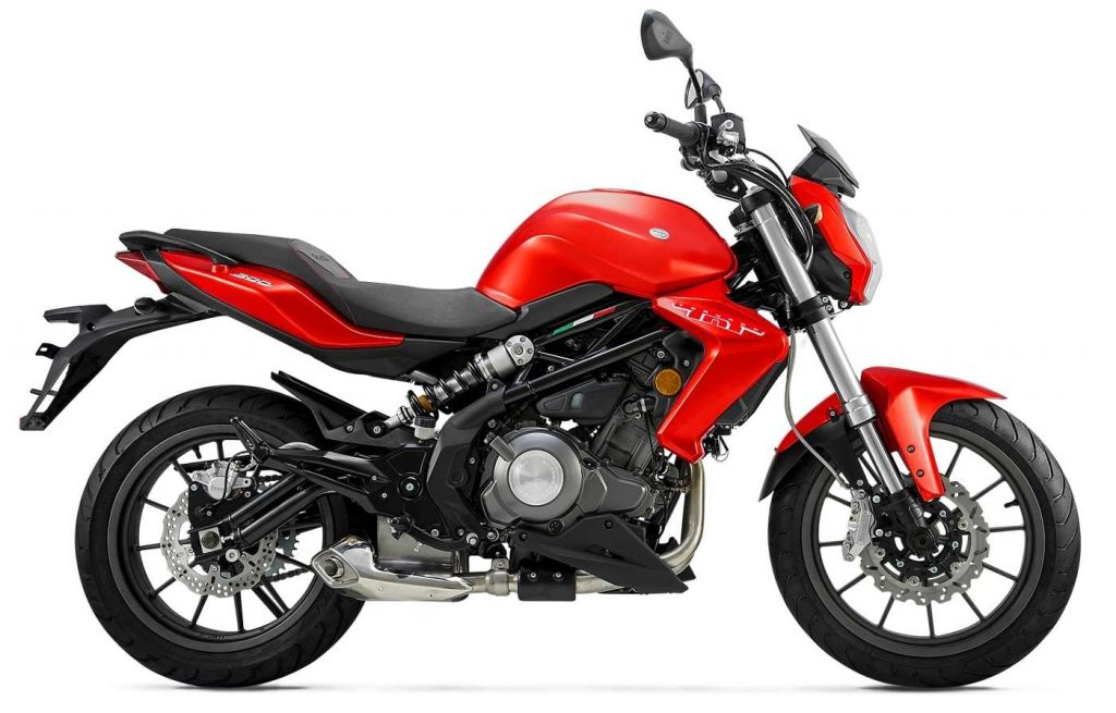 Types of Motorcycles #3 - Street-Naked - Benelli TNT 300